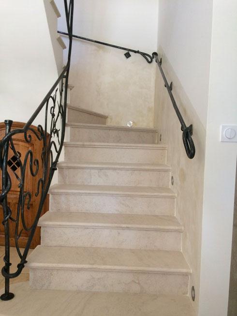 cage-d'escalier-chaux-ferrée-3